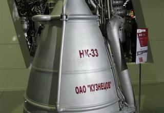 Макет ракетного двигателя НК-33.©С.В.Гуров (Россия, г.Тула)