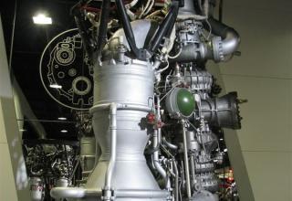 Макет ракетного двигателя НК-33. ©С.В.Гуров (Россия, г.Тула)