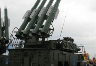 Демонстрационный вариант пуско-заряжающей установки из состава ЗРК