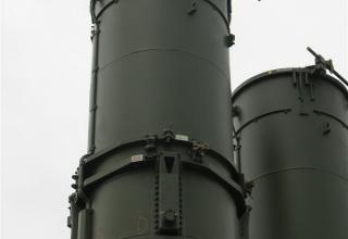 Демонстрационный вариант пускозаряжающей установки ПЗУ 9А84МЭ из состава ЗРС