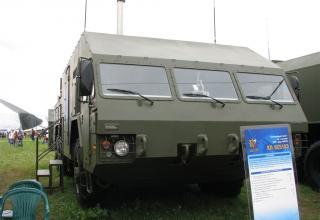 Демонстрационный вариант командного пункта из состава ЗРК