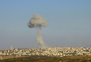 Облако, образовавшееся после ракетного(ых) удара(ов) ВВС Сирии. Пригород провинции Идлиб. 16.10.2012 г. http://edition.cnn.com