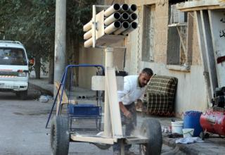 Окрестности Jubaila - северовосточного города Deir Ezzor. 11.10.2013 г. Фото: AFP. http://www.haveeru.com.mv/world/51708