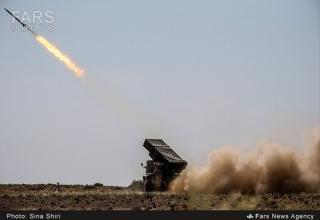 Стрельба из боевой машины БМ-21. http://english.farsnews.com