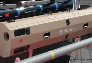 Макет пусковой установки для управляемых авиационных ракет CIRIT (Турция). 20.05.2014 г. ©Tomasz Szulc (Польша).