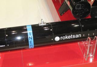 Макет MAM от компании Roketsan (Турция). 20.05.2014 г. ©Tomasz Szulc (Польша).