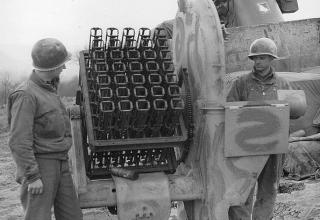 Зенитная установка Fohn для пуска немецких 72,9 мм ракет. www.dieselpunks.org/profiles/blogs/beercrate-flak-of-world-war-ii