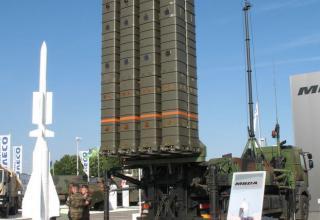 Макет зенитно-ракетного комплекса SAMP-T от европейского концерна MBDA. ©Tomasz Szulc (Польша).