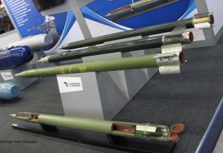 Макеты РС РСЗО, рекламируемые Yugoimport (Сербия). ©Tomasz Szulc (Польша).