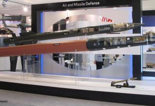 Макеты ракет-перехватчиков PAC-3, THAAD и EAPS (США). ©Tomasz Szulc (Польша)