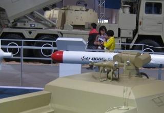 Ракетная техника на Международном авиакосмическом салоне и выставке оборудования аэропортов AirShow China 2014 (11.11.2014 - 16.11.2014; г. Чжухай (Китай)