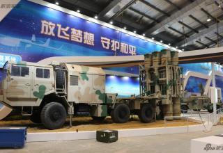 Демонстрационный вариант ПУ ЗРК HQ-16. http://www.china-defense-mashup.com/hq-16-sam-missile-in-2014-zhuhai-air-show.html