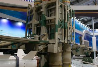 Элемент конструкции ПУ ЗРК HQ-16. http://www.china-defense-mashup.com/hq-16-sam-missile-in-2014-zhuhai-air-show.html
