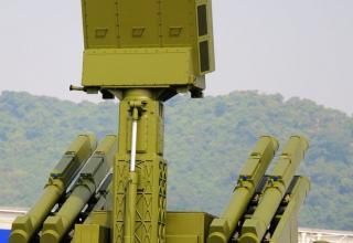 Модуль ПУ ЗРК. http://defenceforumindia.com/forum/china/64618-airshow-china-2014-11th-nov-16th-nov-5.html