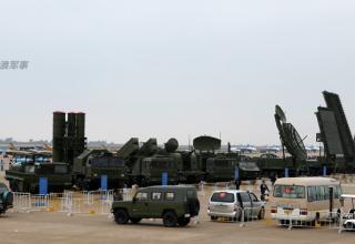 http://defenceforumindia.com/forum/china/64618-airshow-china-2014-11th-nov-16th-nov-5.html
