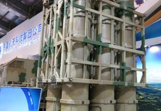 ЗРК LY-80. Фото:Tamir Eshel, Defense-Update. errymath.blogspot.ru/2014/11/zhuhai-air-show-2014-air-defense.html#.VHhzVWfYc1I