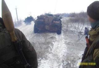 Село Санжаровка. http://voicesevas.ru/news/yugo-vostok/9403-hronika-voennyh-sobytiy-v-novorossii-za-04022015.html