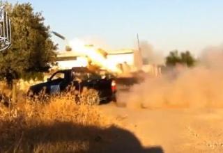 Боевая машина для пуска ТРС калибра 107 мм во время стрельбы сирийскими повстанцами. http://www.youtube.com/watch?v=cb3Yfpe_jgc