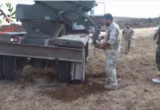 Боевая машина сирийских повстанцев перед стрельбой. Хама. www.youtube.com/watch?v=Tyai3y8bN9E