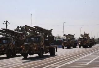 http://www.islamicinvitationturkey.com/2012/04/18/extra-regional-warships-in-persian-gulf-insignificant-to-iran-cmdr/