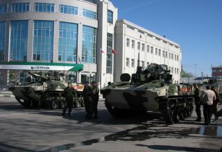 БМД-4М. Перед парадом. улица Менделеевская. ©С.В. Гуров (Россия, г.Тула).