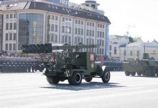 Нештатная установка М-13 на военном параде. Площадь Ленина. ©С.В. Гуров (Россия, г.Тула).