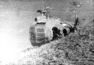 Упавший Ми-8 № 34 в районе кишлака Дарбанд. http://maimana-1.ucoz.ru/publ/1987_god_chast_6/7-1-0-66