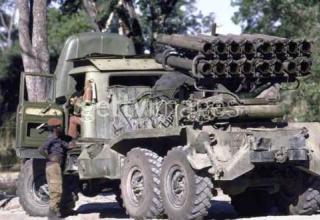 Боевая машина серии БМ-14 (СССР), захваченная партизанами движения