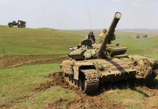 http://cassad.net/konflikty/voyna-na-ukraine/14280-lenta-voennyh-sobytiy-v-novorossii-za-06072015.html