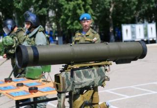 Противотанковый ракетный комплекс «Корнет». http://novorus.info/news/interesno/24123-vse-o-vdv-rossii-foto.html