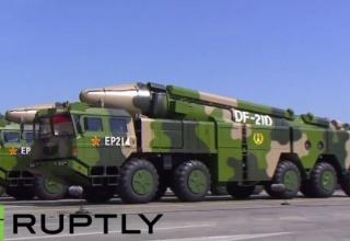 Противокорабельная DF-21D. http://topru.org/22741/voennyj-parad-v-pekine-3-sentyabrya-2015-goda/comment-page-2/