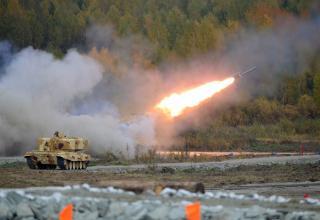 ТЗМ и стрельба из БМ Тяжёлой огнемётной системы ТОС-1А. http://rae2015.ru/ru/photos/