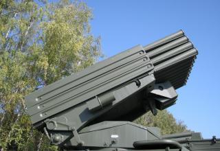 Артиллерийская часть боевой машины 2Б17-1 РСЗО