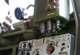 Приборы управления в кабине боевой машины 9П140 РСЗО