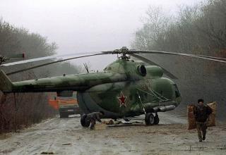 Российский военный вертолет за минуту до того, как его подбили около села Ачхой-Мартан, 14.12.1994 г. kommersant.ru/doc/2630476