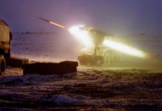 Установки «Град» близ села Аргун, в 10 км от Грозного, конец декабря 1994 года. kommersant.ru/doc/2630476