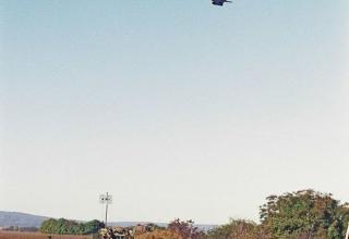 Фото О. Ласточкин. Ми-24 барражирует над расположением российских войск. 16.10.1999 г. philologist.livejournal.com/6623414.html