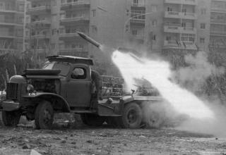 Стрельба из БМ серии БМ-14. http://www.alaraby.co.uk/english/politics/2015/4/13/lebanons-civil-war-separating-fact-from-fiction