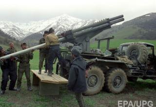 Самодельная 122мм БМ. gordonua.com/news/worldnews/armeniya-perebrosila-v-karabah-raketno-artilleriyskuyu-brigadu-smi-126720.html
