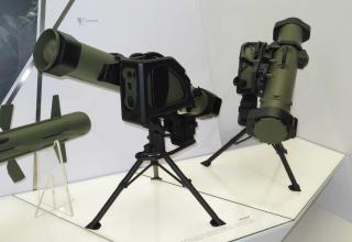 Макеты ПУ комплекса MMP от специалистов MBDA для французской армии. Фотография: ©Томас Шульц (Польша).