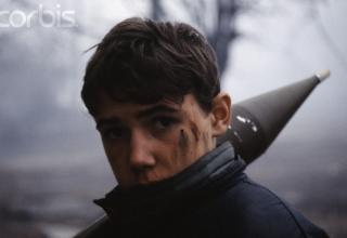 Первая чеченская кампания. http://ruskombat.info/novogodnyaya-karusel-shturm-groznogo-v-1995-memuaryi-russkogo-tankista/