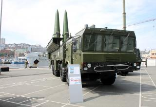 Самоходная пусковая установка 9П78-1 ракетного комплекса Искандер-М. http://bmpd.livejournal.com/2115846.html