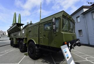 Самоходная пусковая установка 9П78-1 ракетного комплекса Искандер-М.  newsvl.ru/vlad/2016/09/07/151310/#gallery31