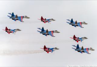 Русские витязи на Airshow China 2016. http://fotografersha.livejournal.com/845932.html
