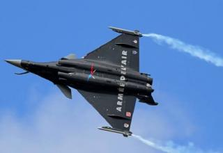 Dassault Rafale. Франция. india.com/news/india/rafale-swedish-gripen-e-american-f-16-star-attraction-at-aero-india-2017-1835868/