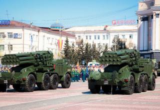 Улан-Удэ. БМ 9П140 РСЗО