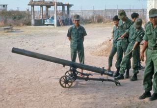 Северовьетнамская 122мм пусковая установка. www.flickr.com/photos/13476480@N07/22376672472
