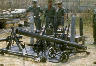 Северовьетнамская 122мм пусковая установка. 22376672492_7e54a9dfb8_o
