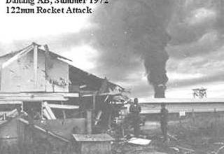 Результат обстрела РС 122 мм авиабазы DaNang в 1972 году. www.vetfriends.com/militarypics/large.cfm?picture=7644