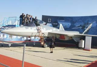 Су-57E. Фото: Rahul Udoshy. https://www.janes.com/article/90772/maks-2019-russia-unveils-export-variant-of-su-57